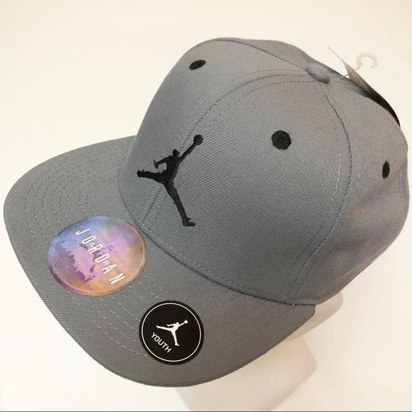 513845b390f Jordan Accessories | Boys Jumpman Snapback Hat | Poshmark